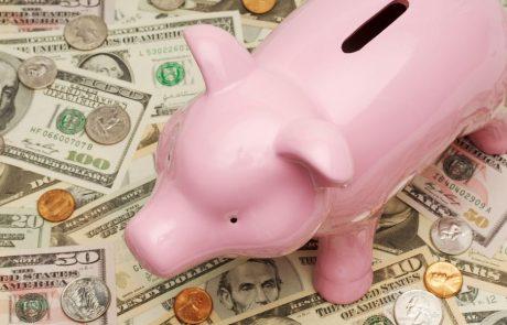 כיצד להפסיק לבזבז כסף